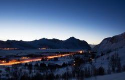 Heure bleue près de Borg, Lofoten, Norvège images libres de droits