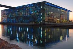 Heure bleue sur le MuCEM à Marseille Images libres de droits