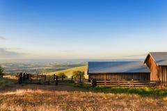Heure d'or chez Dallas Mountain Ranch à l'état de Columbia Hills Images stock