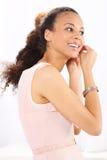 Heure de party Vêtements pour femmes leurs boucles d'oreille Images stock