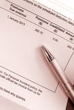 Paiement de la facture de prime d'assurance Images stock