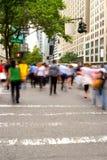 Heure de pointe à l'Cinquième Avenue, NY photo libre de droits
