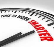 Heure de travailler un conseil plus futé d'efficacité de productivité d'horloge illustration stock