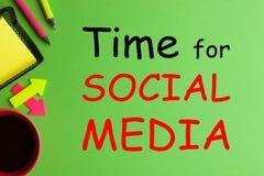 Heure pour le media social photo stock