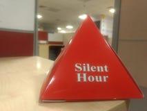 Heure silencieuse dans le lieu de travail image stock