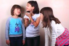 Heures de récréation de filles image libre de droits