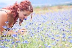 Heureux en nature Photos libres de droits
