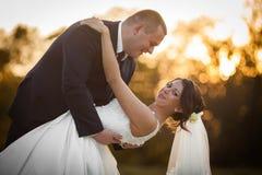Heureux magnifique élégant romantique doux complètement des couples d'amour Photo libre de droits