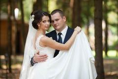 Heureux magnifique élégant romantique doux complètement des couples d'amour Images libres de droits