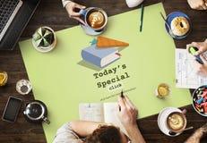 Heutiges spezielles schnelles Rezept-Menü-Mittagessen-Konzept Lizenzfreie Stockbilder