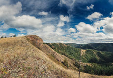 Heuvel met hemel Royalty-vrije Stock Foto