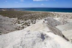 Heuvel na Punta Loma dichtbij Puerto Madryn, een stad in Chubut-Provincie, Patagonië, Argentinië stock fotografie