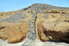 Heuvel uit klei-als vuil wordt samengesteld dat Royalty-vrije Stock Afbeeldingen