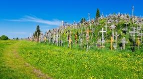 Heuvel van Kruisen Stock Foto
