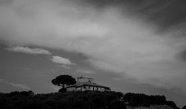 Heuvelhuis in Toscanië Stock Foto