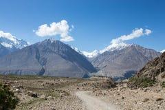 Heuvelig landschap in de Ventilatorbergen Pamir tajikistan royalty-vrije stock foto