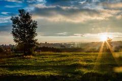 Heuvels in zonsondergang stock fotografie