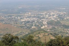 Heuvelsmening boven de Berg stock foto's