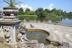 Hever castle patio and lake, Kent, England Stock Photo