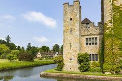 Hever slott och vallgrav Arkivfoto