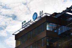 The Hewlett-Packard company logo on headquarters building Stock Photos