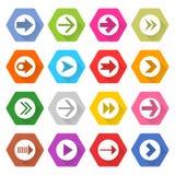Hexagon-Netzknopf der flachen Pfeilikone gesetzter Lizenzfreies Stockfoto