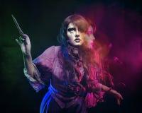 Hexe und der magische Stab Stockfotografie