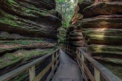 Hexen-Bergschlucht ist eine versteckte Anziehungskraft in Wisconsin-engen Tälern und kann stockbilder