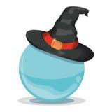 Hexen-Hut auf Crystal Ball Lizenzfreie Stockfotografie