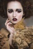 Hexenfrau mit kreativem Make-up Lizenzfreies Stockbild