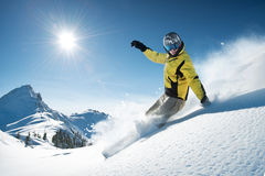 hög bergsnowboarder Royaltyfri Bild