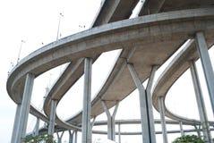 hög bro 08 långt Arkivfoto
