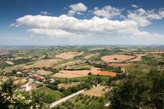 Hügelige Landschaft von Le Marche, Italien Stockfotografie
