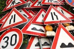 Högen av trafikerar tecken Fotografering för Bildbyråer