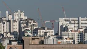 Höghusflerfamiljshus i Seoul, Sydkorea Royaltyfri Foto