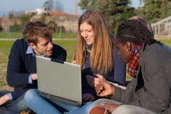 Högskolestudenter Royaltyfri Fotografi