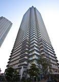 högt stigningstorn för lägenhet Arkivfoton