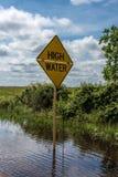 Högt vatten undertecknar in Houston Texas som följer flodvattnet Royaltyfri Bild