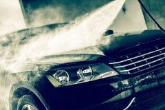 Högtryckvattenbiltvätt Fotografering för Bildbyråer