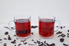 Hibuscus tea. Fresh hibiscus tea in glass mugs Royalty Free Stock Photos