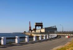 Hidro planta elétrica no rio de Volga Fotos de Stock