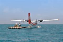 Hidroavião, homem, Maldivas Imagens de Stock Royalty Free