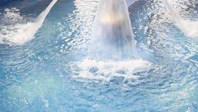 Hidroterapia dos termas - jato da cachoeira filme