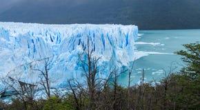 Hielo azul glaciar en Patagonia imagen de archivo libre de regalías