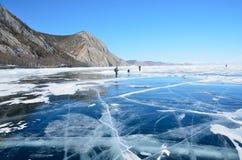 Hielo de Rusia, Baikal en marzo imagen de archivo
