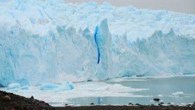 Hielo del glaciar en la Argentina. Imagen de archivo