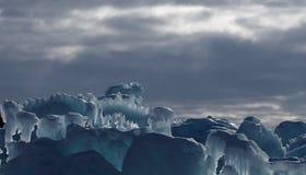 Hielo en invierno foto de archivo libre de regalías