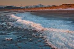 Hielo en una playa Fotografía de archivo libre de regalías