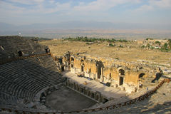 Hierapolis的古老圆形剧场 免版税库存照片