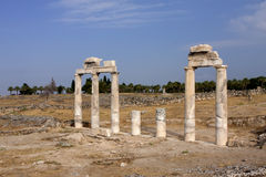 Hierapolis, Τουρκία Αρχαίοι τάφοι στη νεκρόπολη ΙΙ - ΧΙΧ αιώνας Στοκ Εικόνα